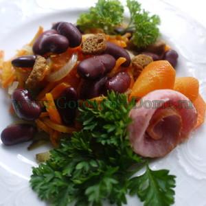 Salat-s-fasolyu