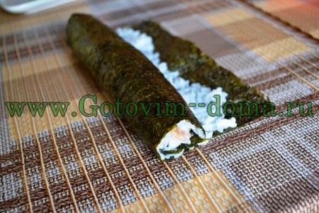 ролл суши